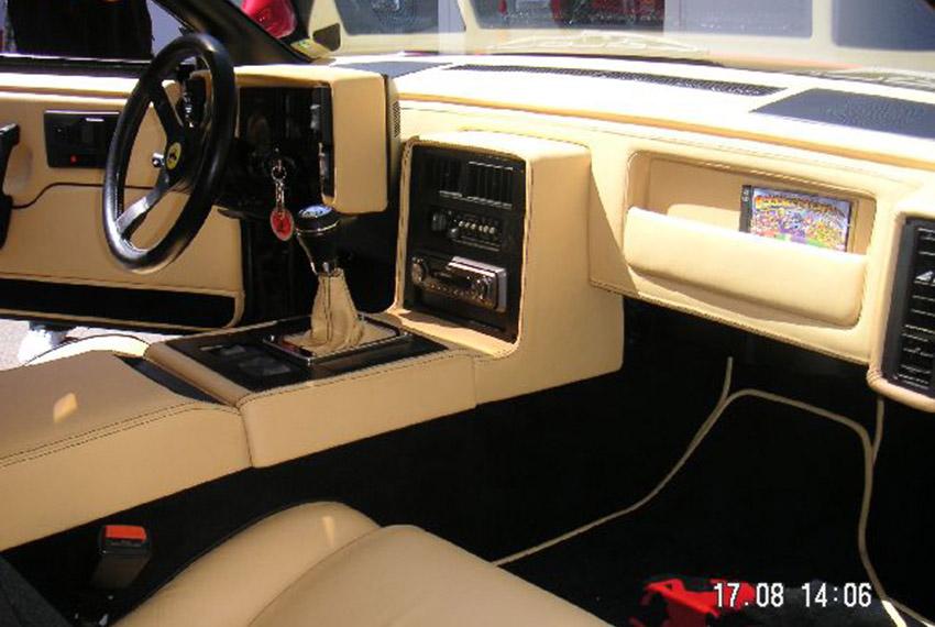 Armaturen Pontiac Fiero
