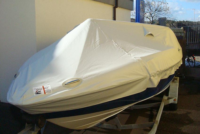 Motorboot-Planen