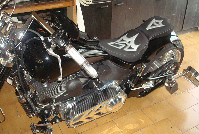 Motorradsattel Herstellung auf Kundenwunsch